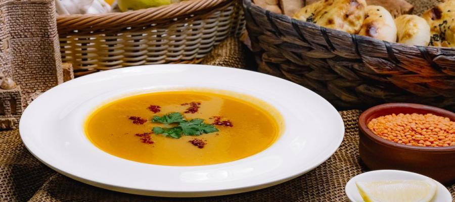 Karottensuppe mit Linsen